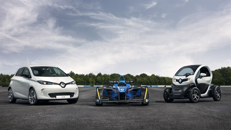 Showcasing Formula E and other Renault electric vehicles