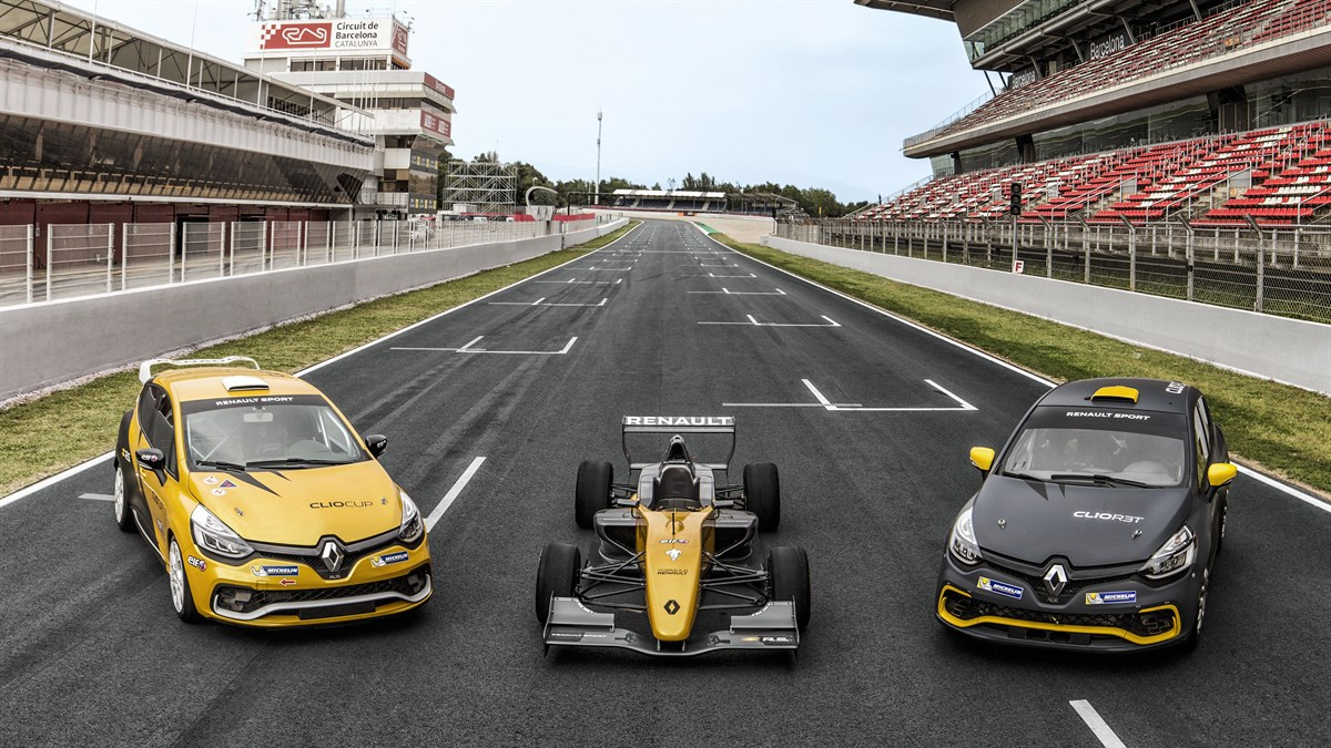 Showcasing Renault sport series car on the racetrack